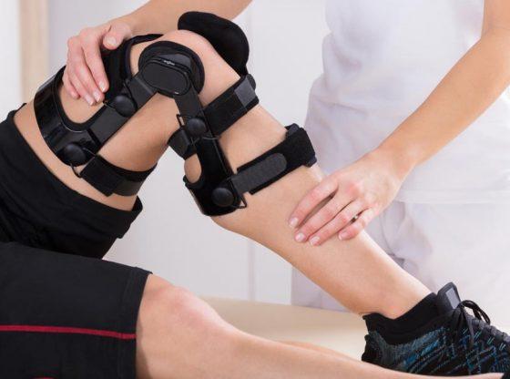 man-with-knee-brace
